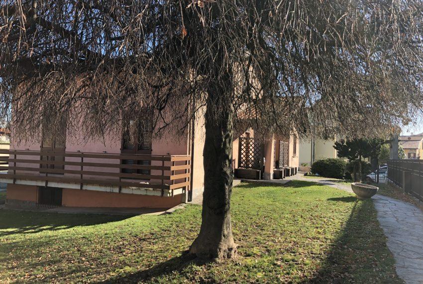 giardino villa singola Lurago d'Erba