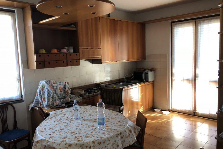 cucina abitabile piano terra villa singola Lurago d'erba