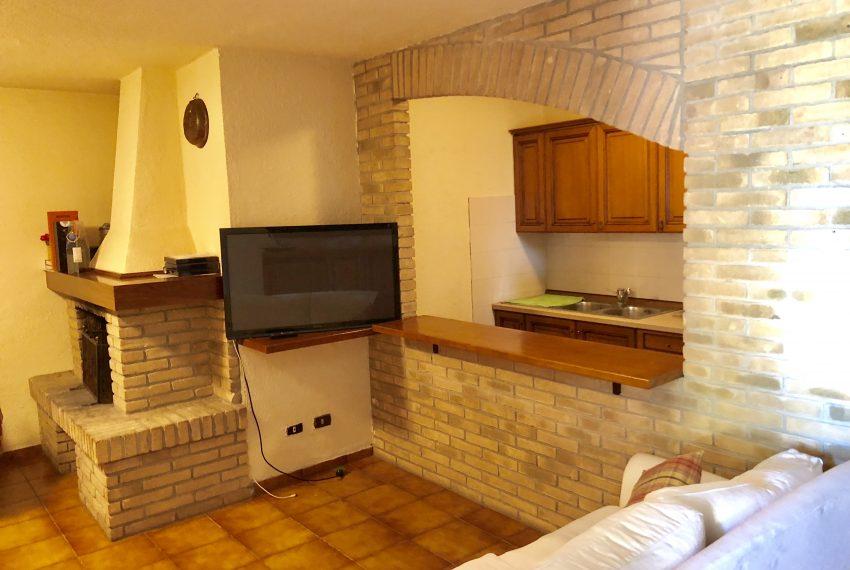 taverna zona relax con tv e cucina villa singola Lurago d'Erba