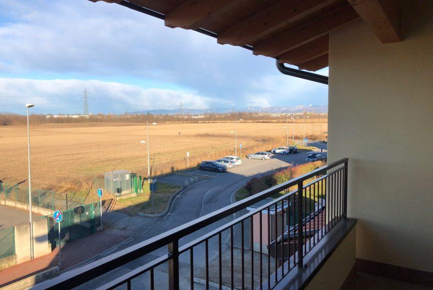 appartamento nuovo roncello terrazzo vista