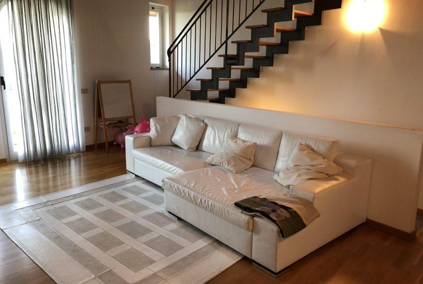 zona divano relax soggiorno Villetta a schiera Palazzago