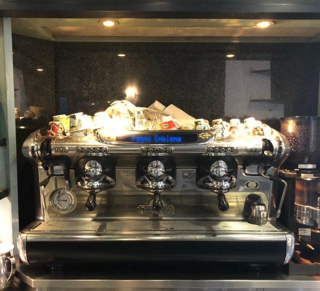 Bar storico in vendita a Calco