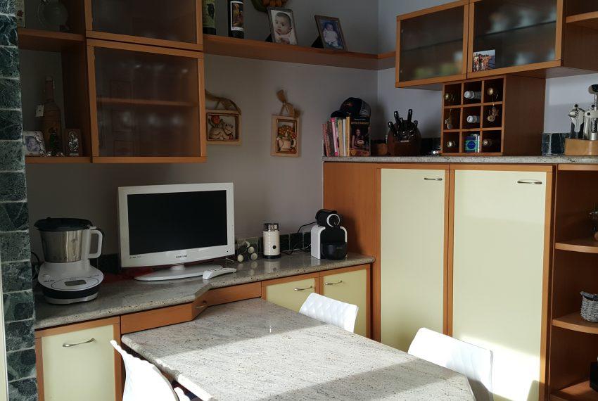 appartamento attico mariano comense cucina abitabile realizzata su misura