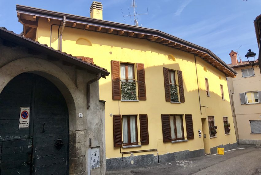 Appartamento trilocale a Santa Maria Hoè vista esterna
