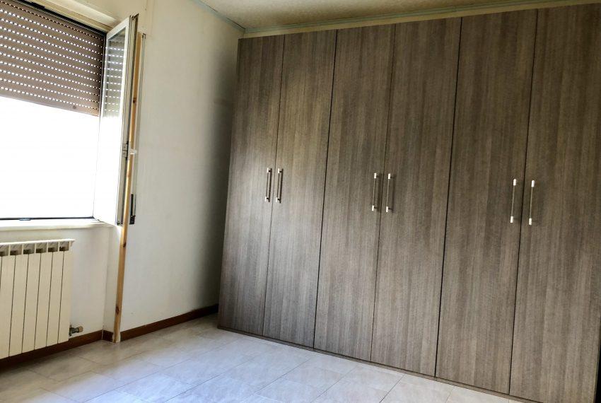 camera matrimoniale appartamento a Olginate