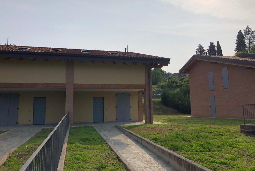 facciata ingresso Villa a Calco
