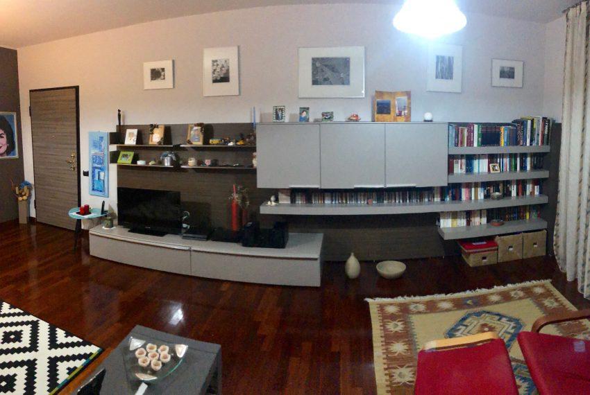 appartamento trilocale in cornate d'adda parete attrezzata soggiorno