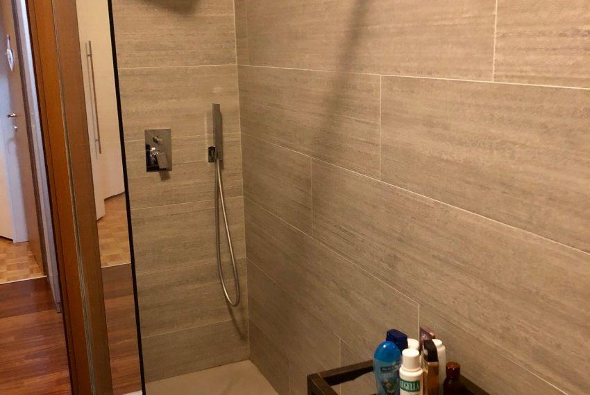 appartamento trilocale cornate d'adda doccia doppia