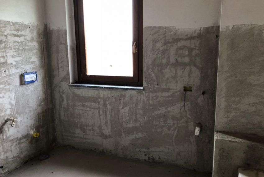 appartamento quadrilocale in inverigo bagno zona notte