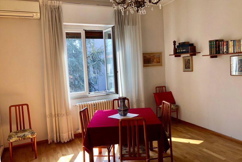 soggiorno con sala da pranzo