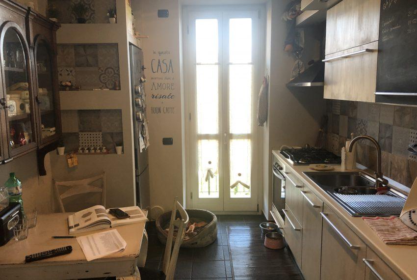 porzione di casale in airuno spaziosa cucina abitabile