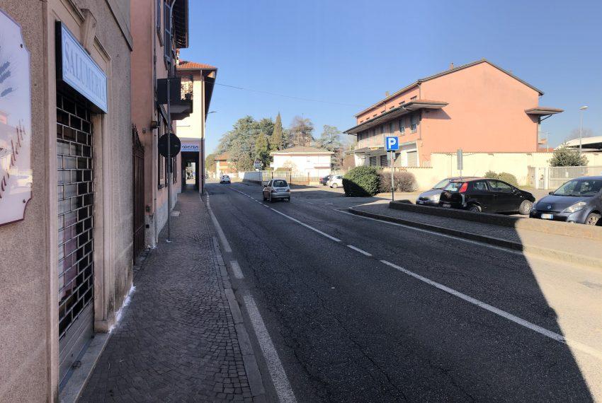 bilocale a Ronco Briantino comodo parcheggio pubblico