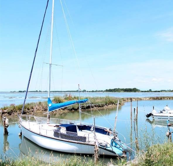 Isola privata in vendita darsena