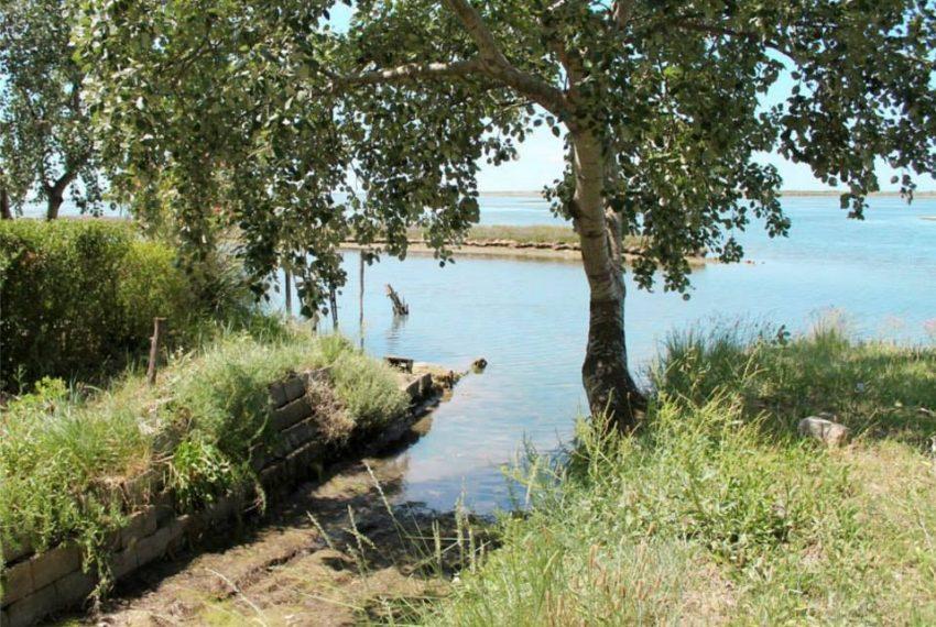 Isola privata in vendita scivolo messa in acqua barche