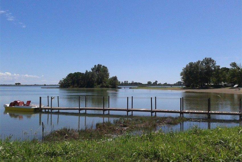 isola privata in vendita molo