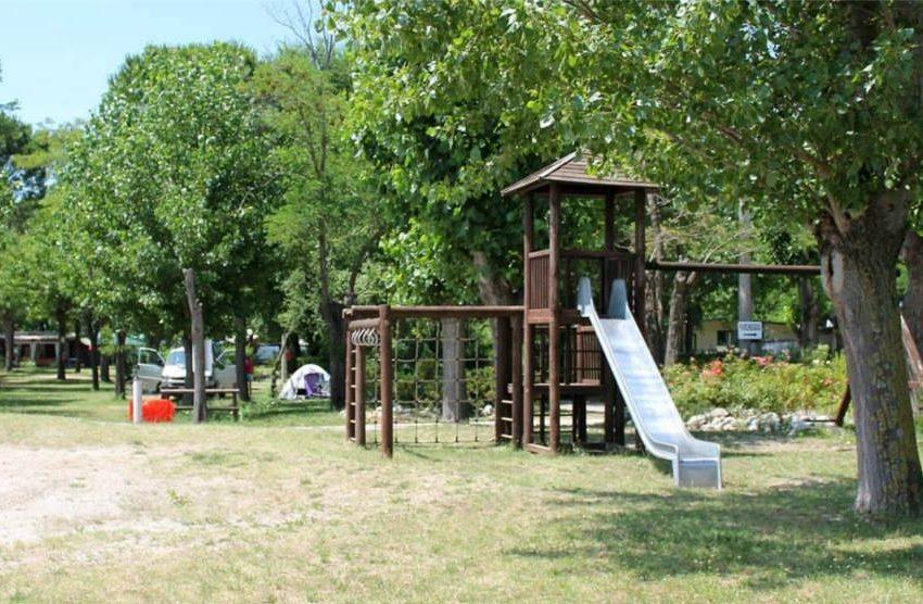 Isola privata in vendita parco giochi
