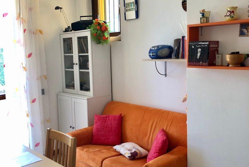 zona giorno parete divano