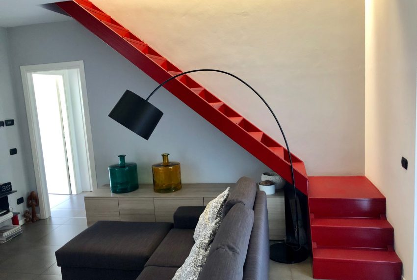 soggiorno con scala estetica
