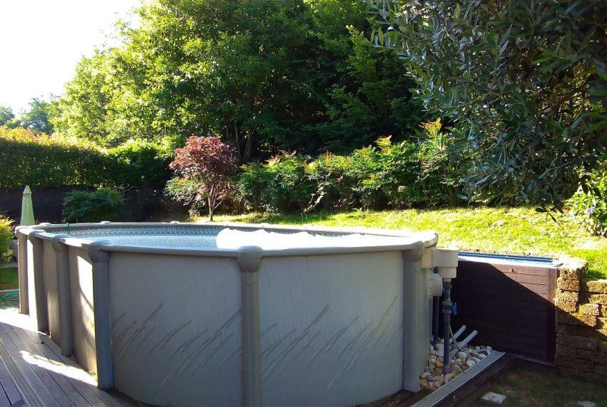 dettaglio alloggiamento piscina