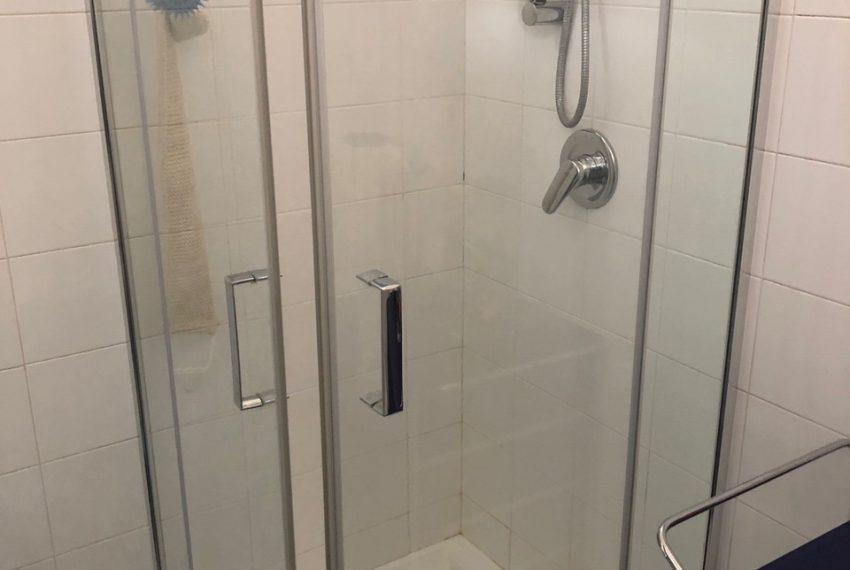 dettaglio doccia secondo bagno