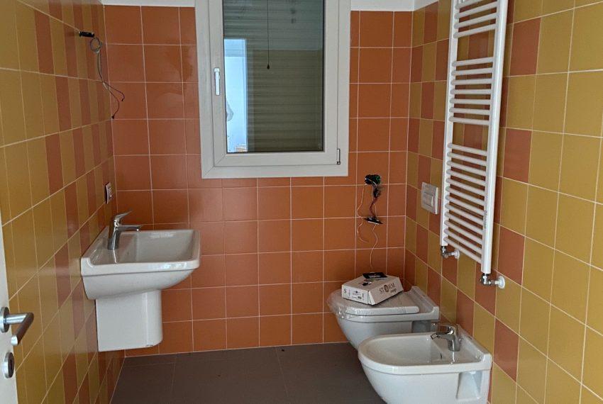 secondo bagno finestrato