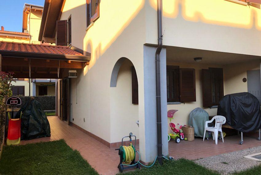 portico giardino sul retro