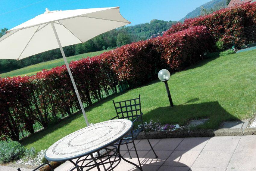 giardino pianeggiante e ben soleggiato