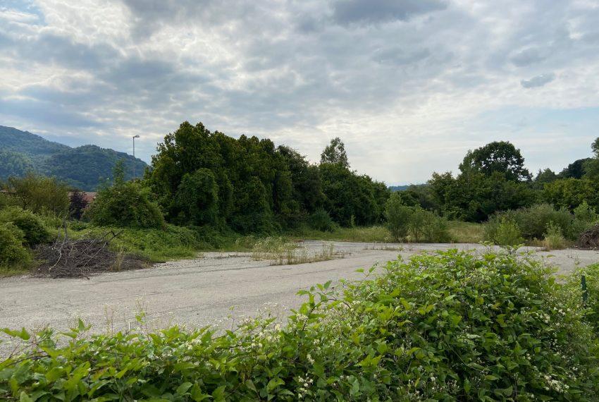 terreno edificabile in vendita in Arlate