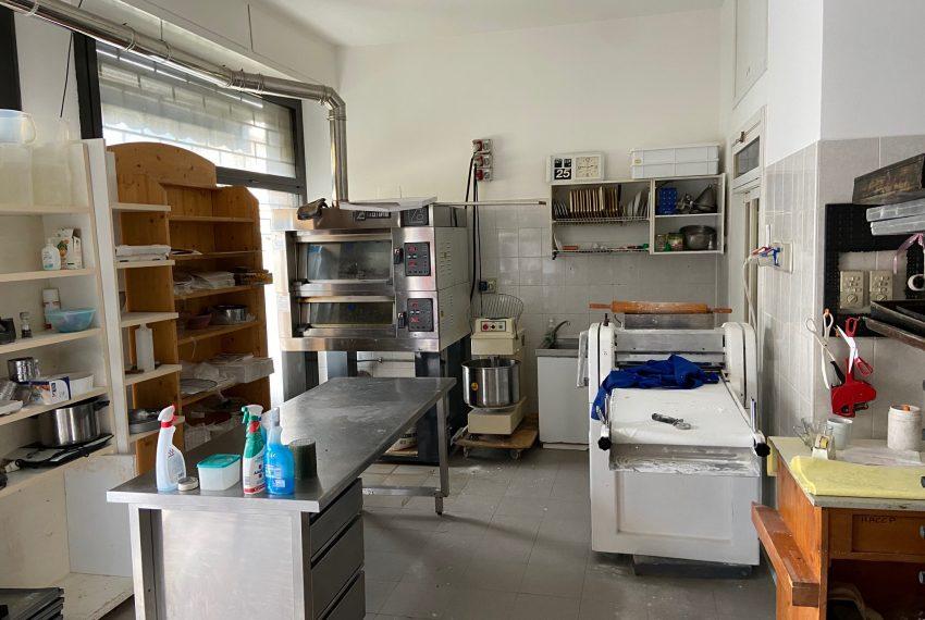 Laboratorio nel retrobottega