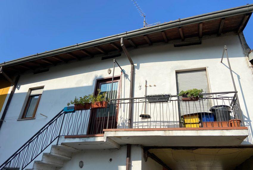 facciata casa indipendente Calco dettaglio piano primo