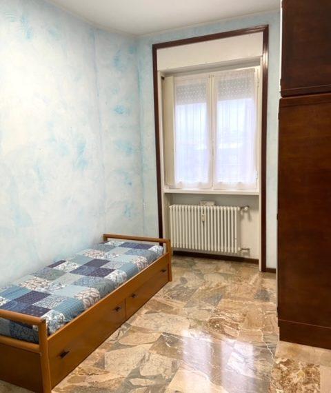 prima camera da letto singola