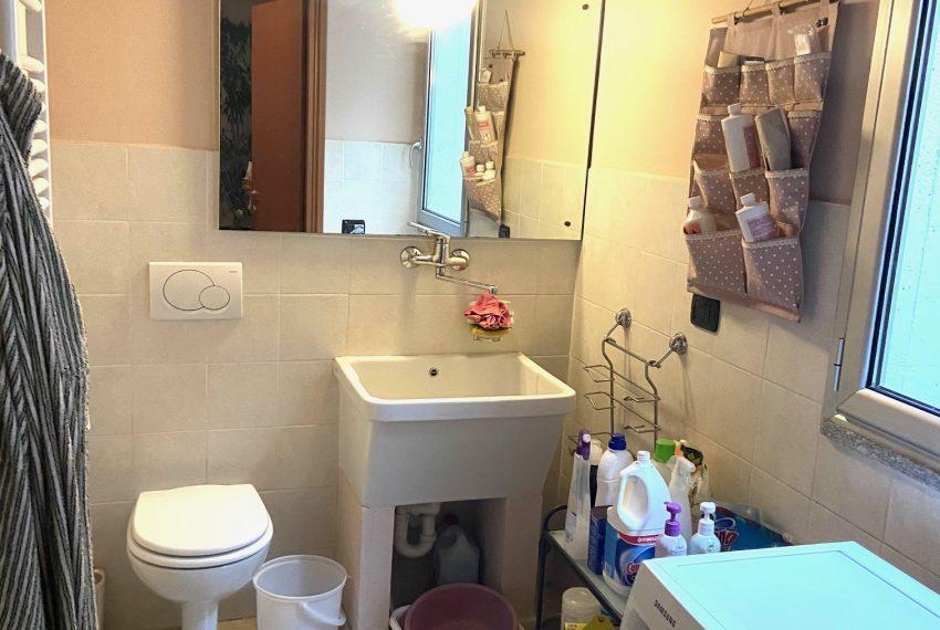 bagno lavanderia piano interrato